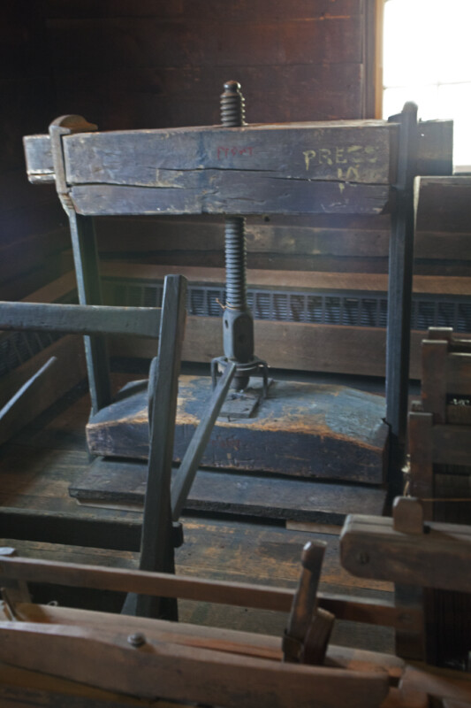 A Bale Press