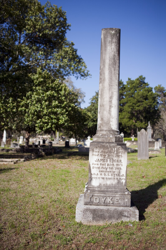 A Headstone for the Dyke Family
