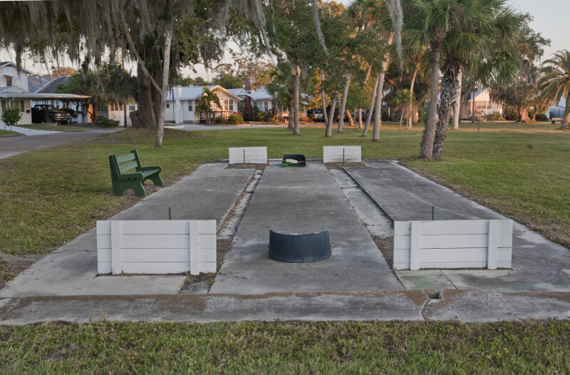 A Horseshoe Court in the Braden Castle Neighborhood