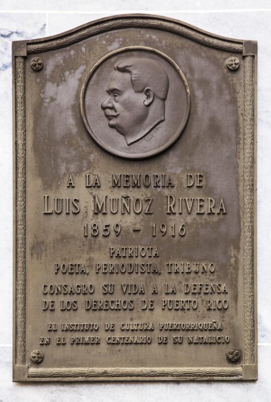A La Memoria de Luis Muñoz Rivera, 1859-1916