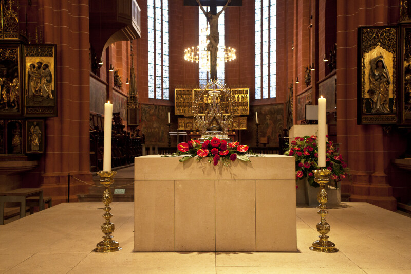 Altar at Saint Bartholomeus