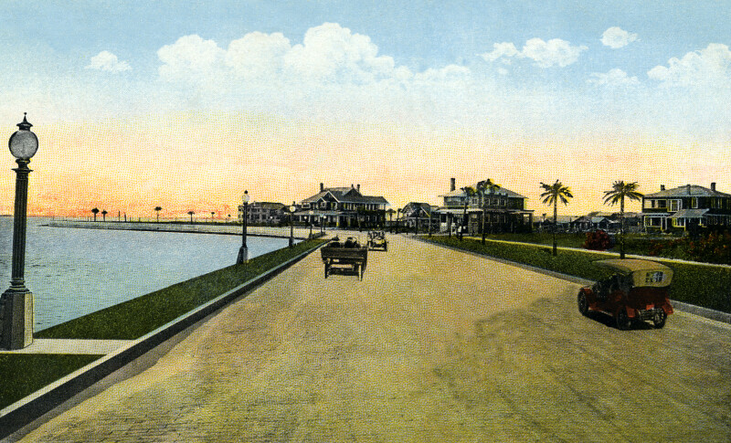 Bay Shore Drive on Hillsboro Bay