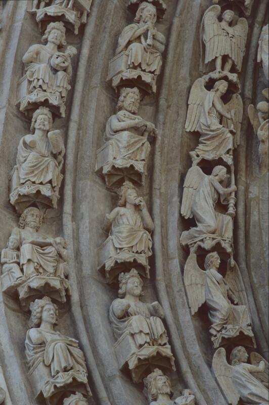 Burgos, Cathedral, Puerta del Sarmental, archivolts, left side