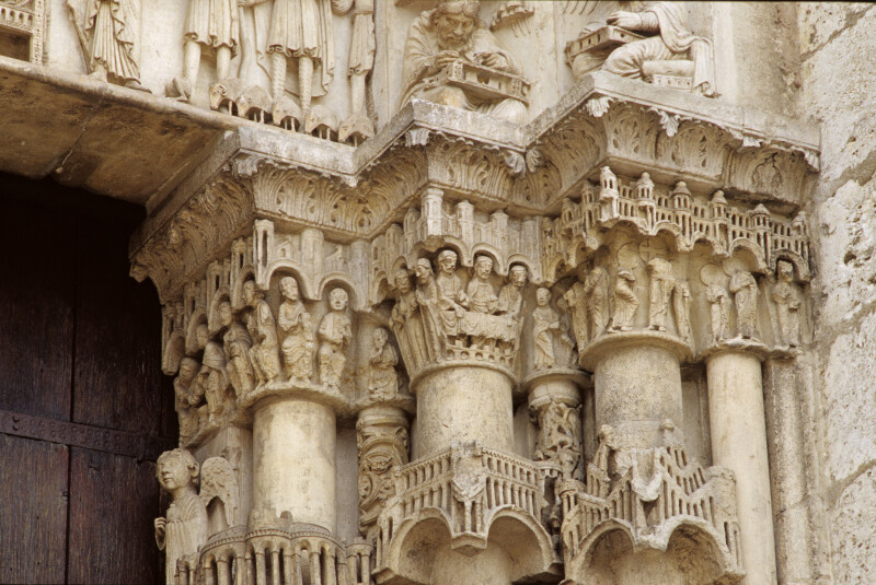 Chartres Cathedral, Incarnation portal, capital frieze, right side, inner face