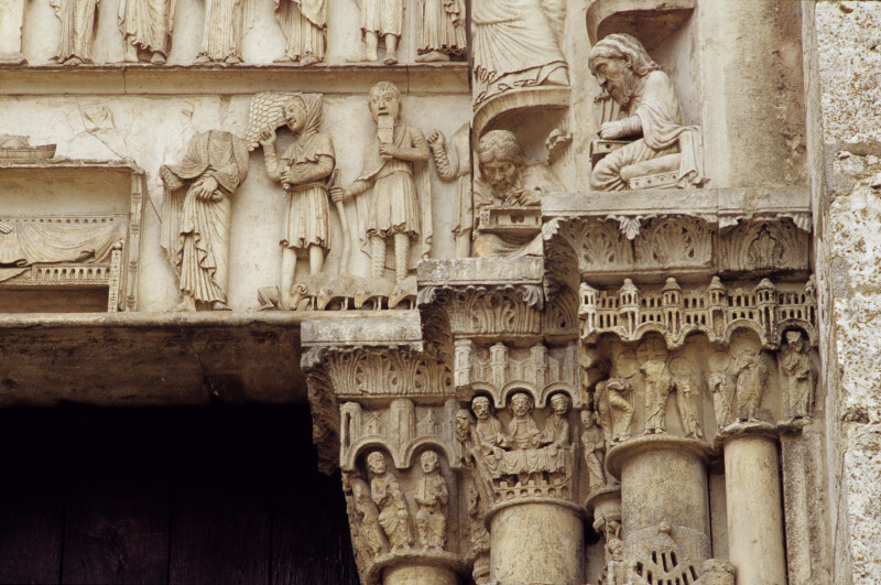 Chartres Cathedral, Incarnation portal, capital frieze, right side, outer face