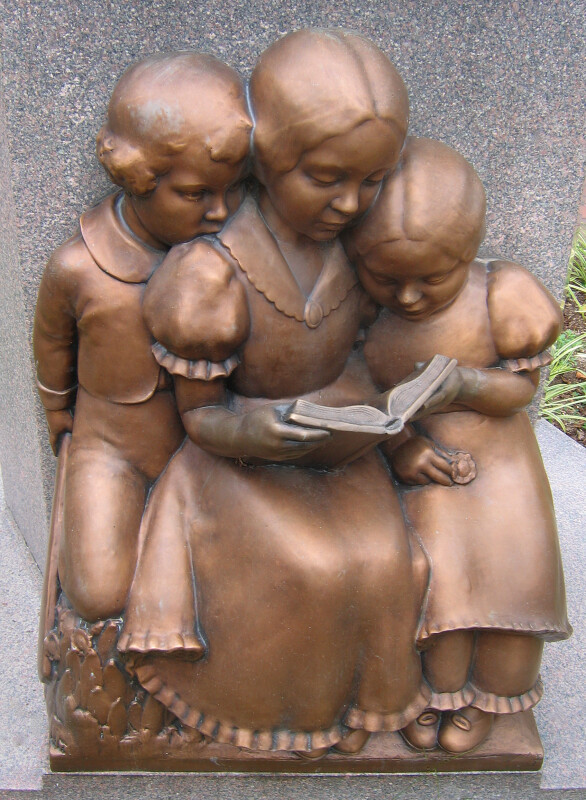 Children Reading at Base of McGuffy Memorial