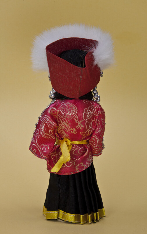 China Handcrafted Chinese Lady Made from Wood (Back View)