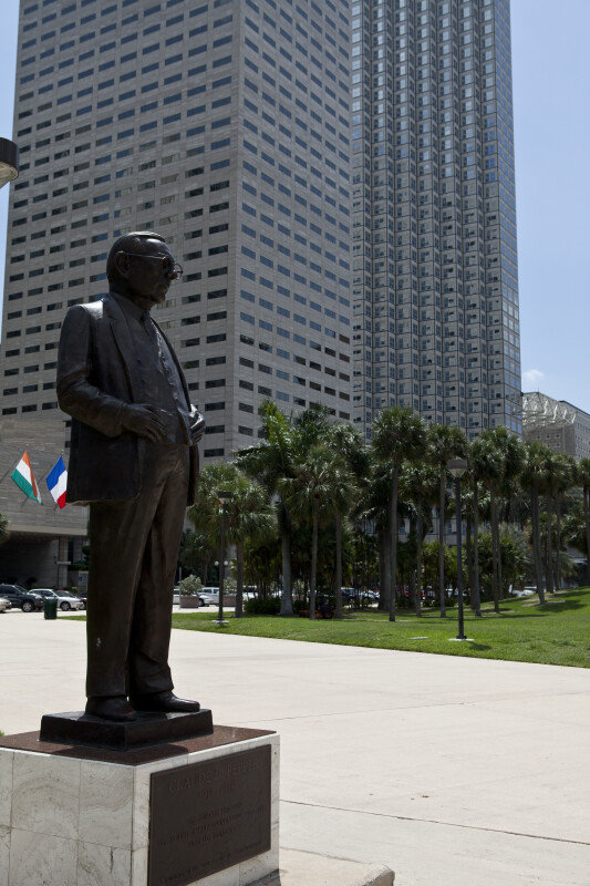 Claude Pepper Statue