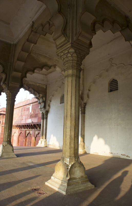 Columns of Diwan-i-Am