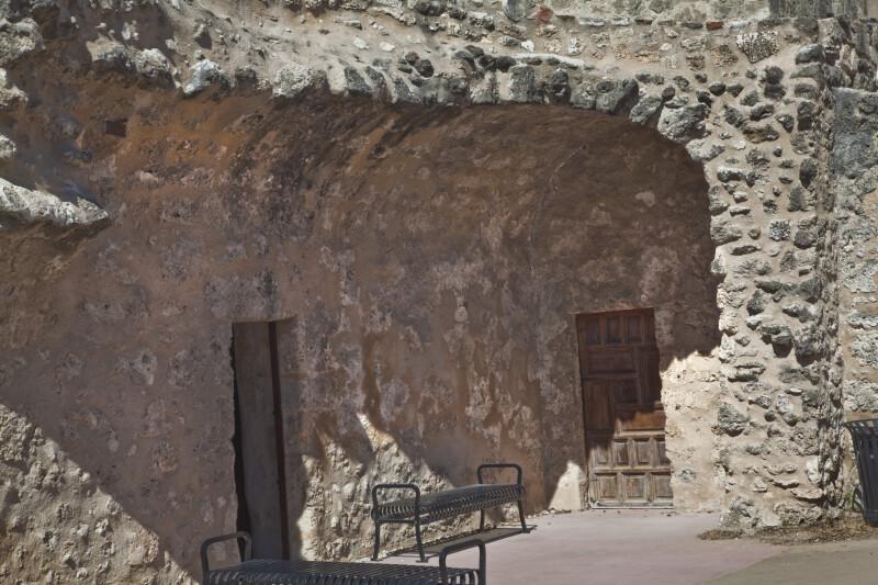 Convento Corridor