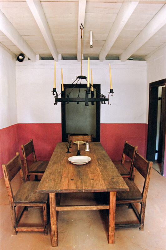 Convento Dining Room Table