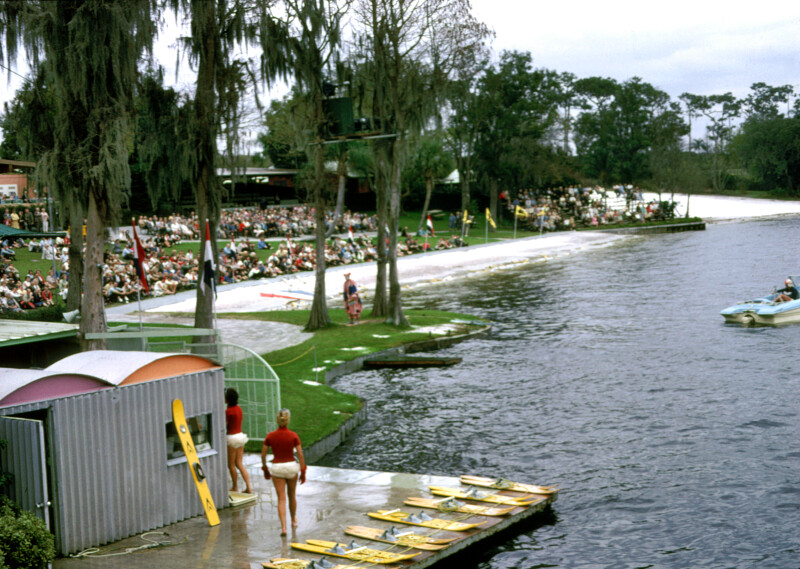Cypress Gardens Lakeside
