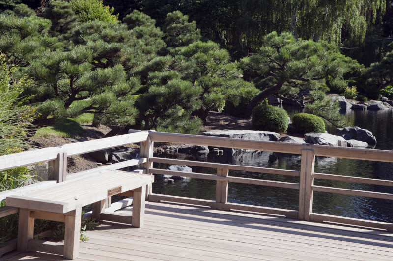 Deck at japanese garden clippix etc educational photos for Japanese decking garden