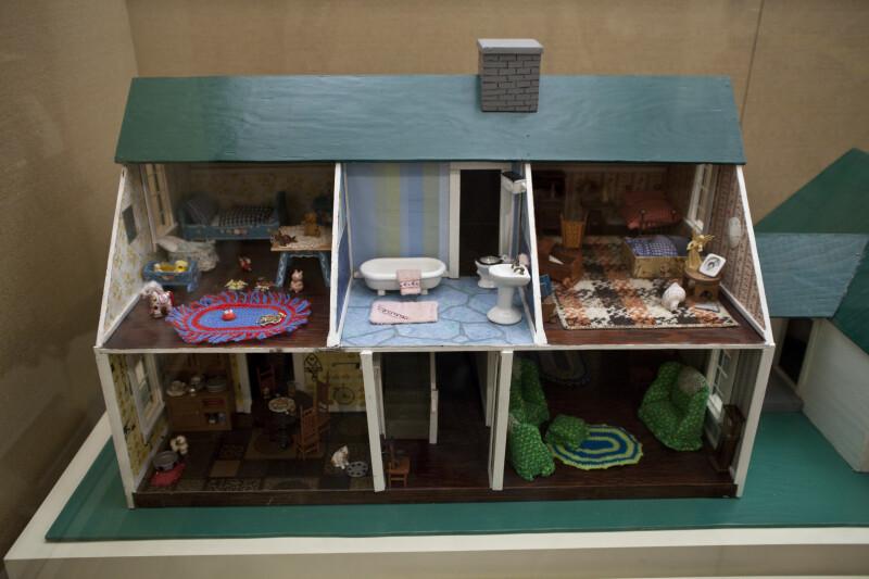 Dollhouse, 1979
