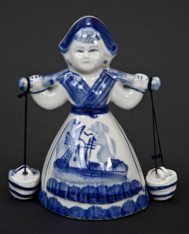 Netherlands Dutch Delft Milk Maid with Yoke and Buckets (Dark Background)