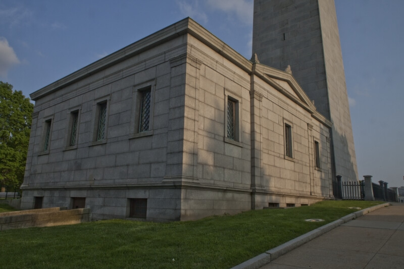 Exhibit Lodge, Bunker Hill Monument