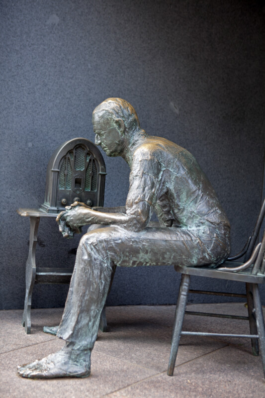 Fireside Chat Statue