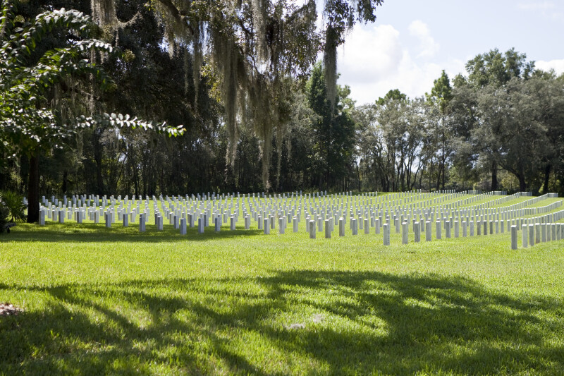 Graves at Florida National Cemetery