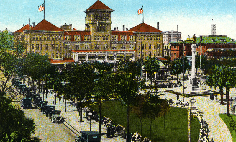 Hemming Park and the Windsor Hotel