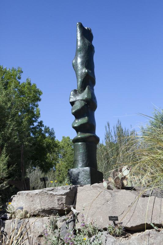"Henry Moore's ""Upright Motive No. 7"""