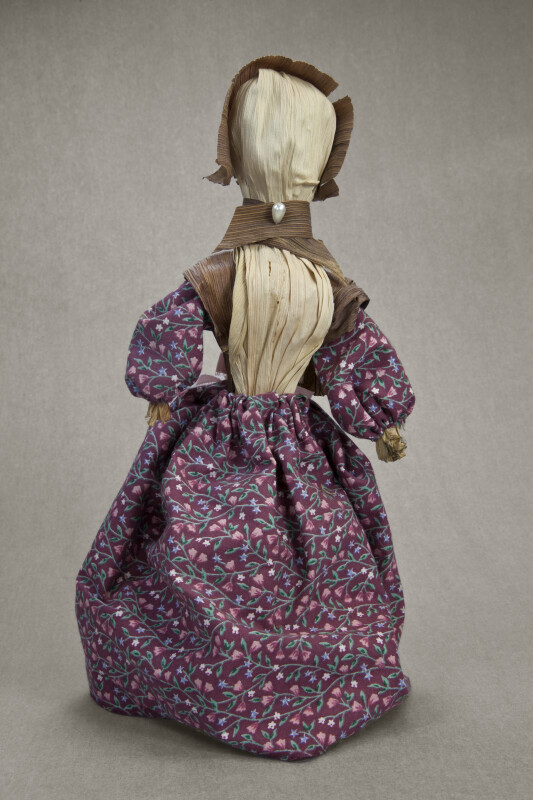 Illinois Handcrafted Corn Husk Doll of Woman With Hat and Dress (Full View)