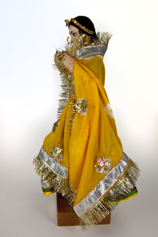India Ceramic Bride from Rajasthani Wearing Traditional Costume and Jewelry (Profile View)