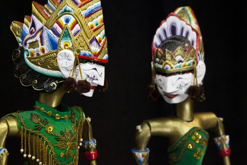 India Rod Puppets (Wayang Golek) of Rama and Sita with Hand Painted Wood Heads and Crowns (Close Up)