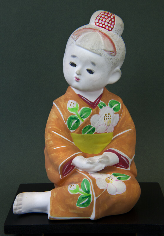 Japan Seated Ceramic Japanese Doll Wearing Kimono (Full View)