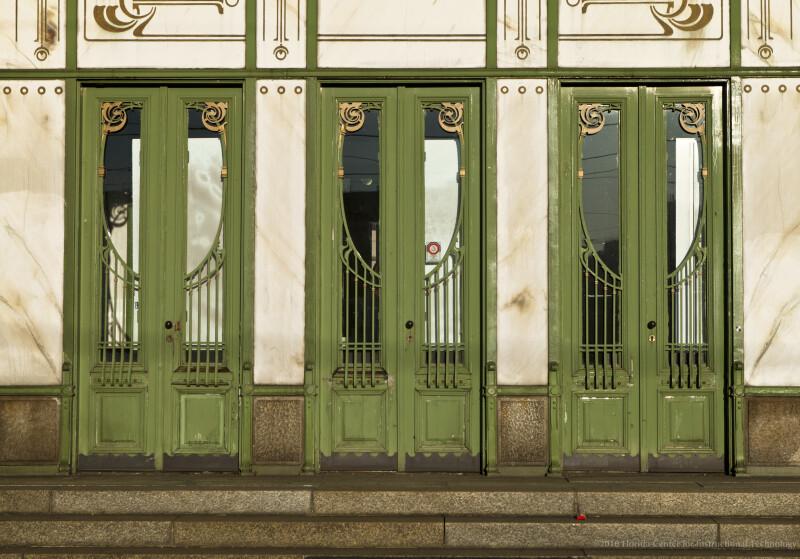 Karlsplatz Doors