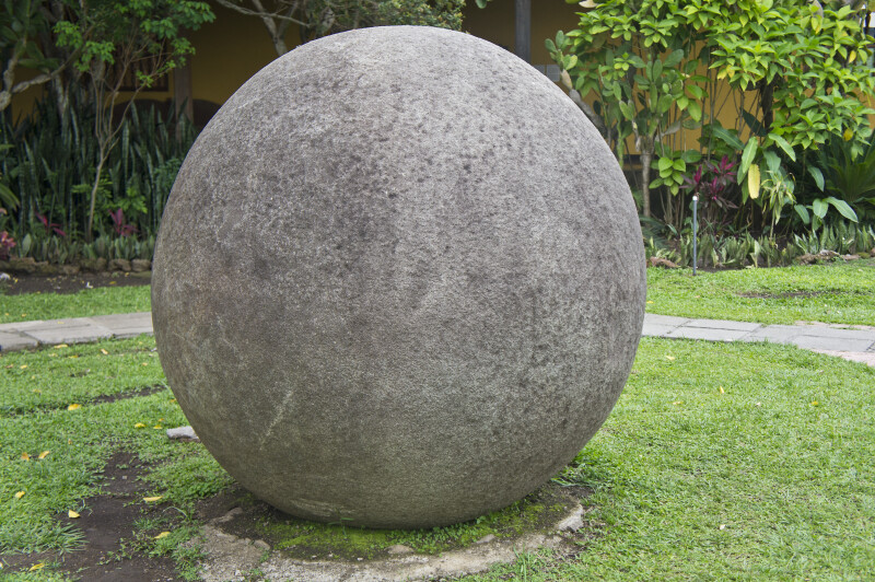 Large round rock clippix etc educational photos for for Medium sized rocks for landscaping