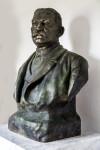 Luis Muñoz Rivera Bust, Three-Quarters View