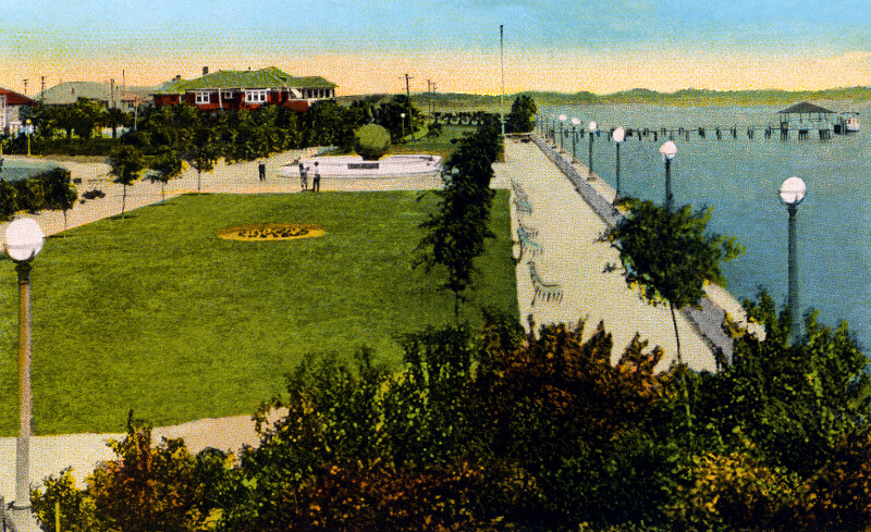 Memorial Park and the St. Johns River