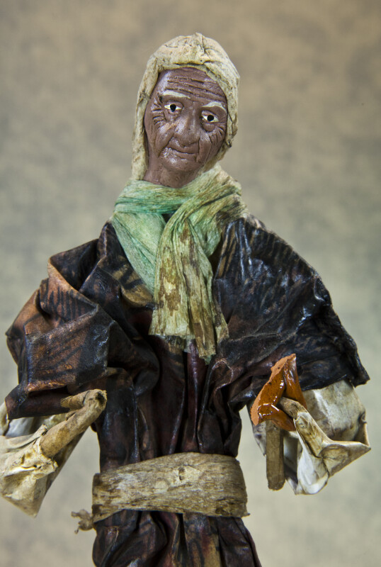Mexico Elderly Lady Made with Paper Mache and Wire (Close Up)
