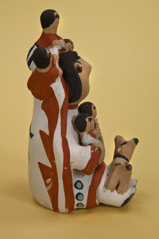 New Mexico Hand Painted Pueblo Storyteller with Five Children and a Dog (Side View)