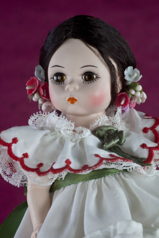 Panama Plastic Doll with Synthetic Hair Dressed Pollera (Close Up)