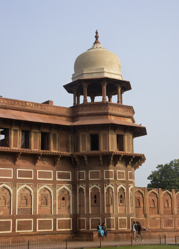 Pillar of Jehangiri Mahal