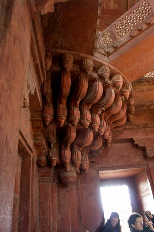 Pillars Inside Diwan-i-khas