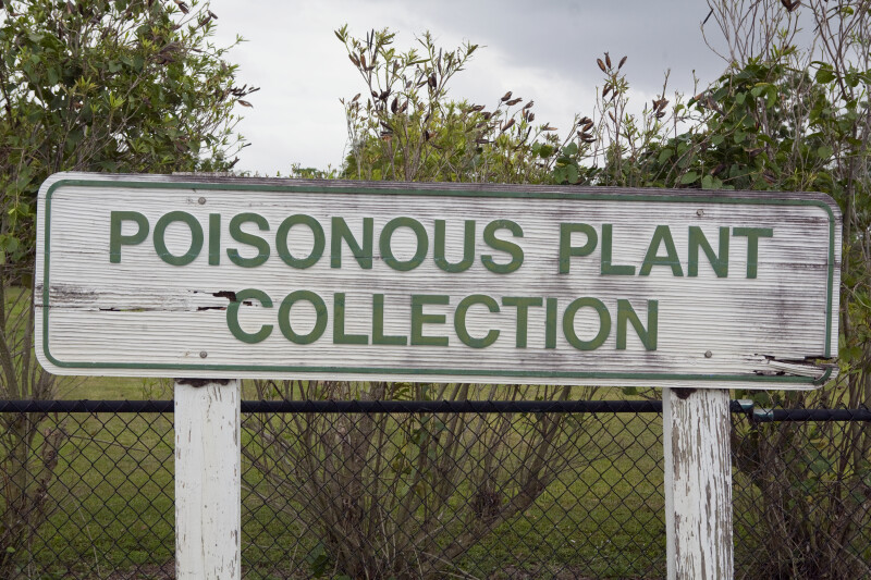 Poisonous Plants Sign