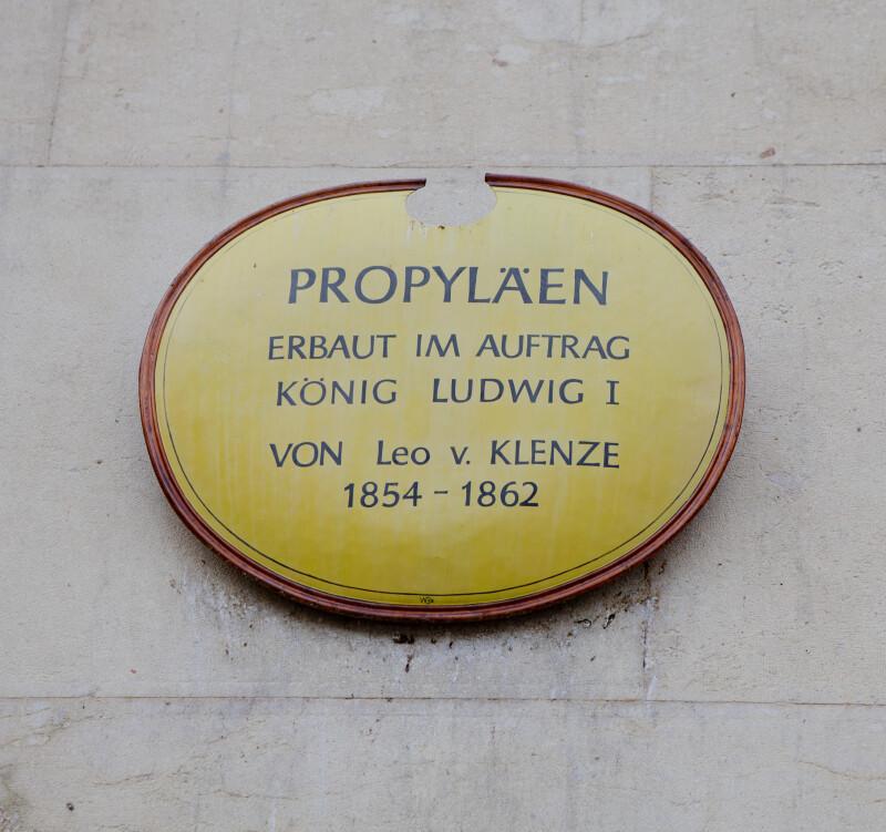 Propylaen Sign