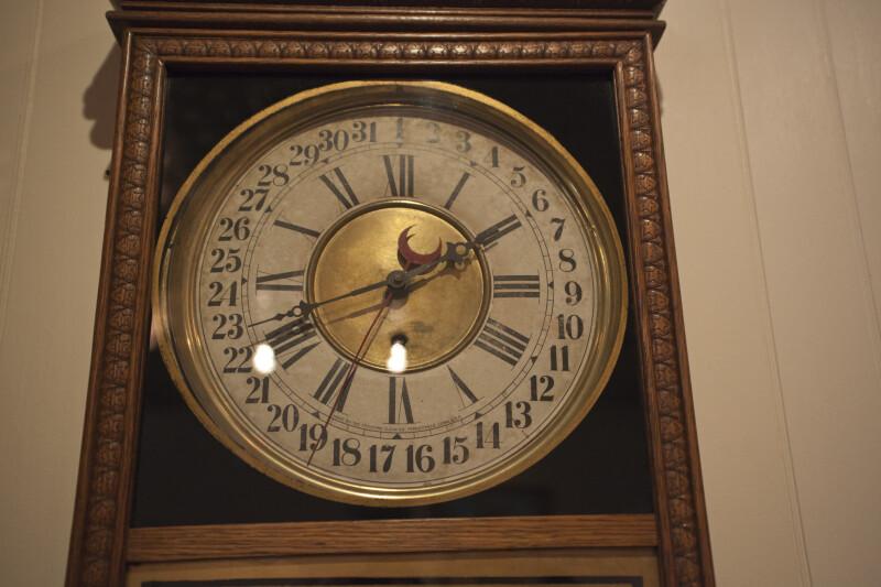 """Regulator"" Clock"