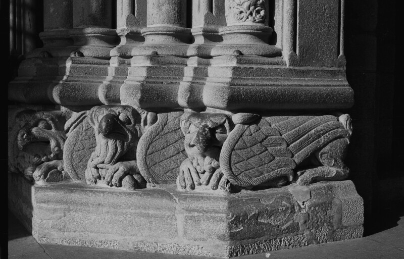 Santiago cathedral, Pórtico da Gloria, pedestal with winged monsters, left side of central doorway