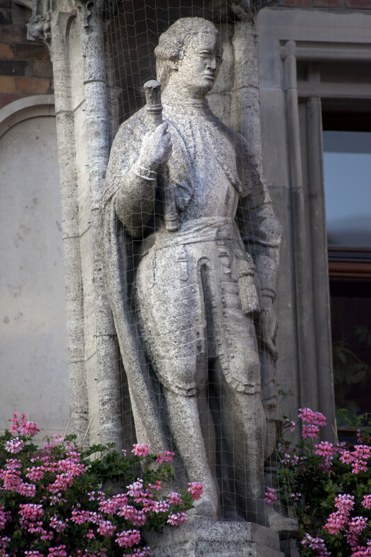 Statue at New Town Hall