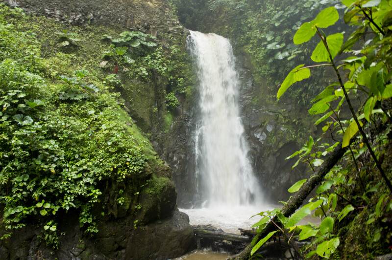 Templo Waterfall