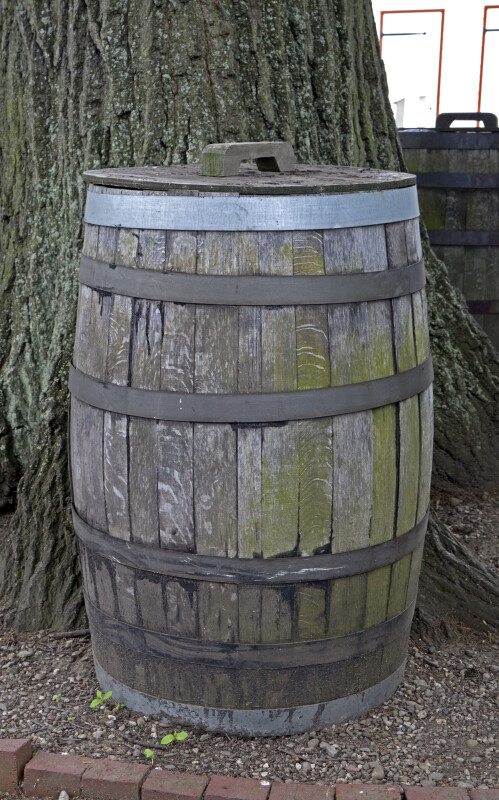 The Barrel with the Rotten Bilge