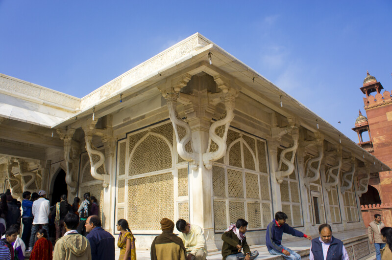 The Details of the tomb of Salim Chishti