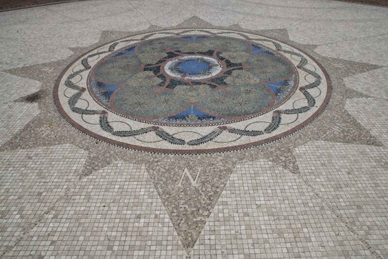 Tile Compass