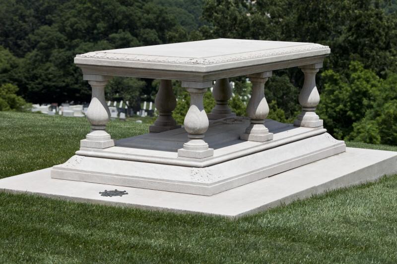 Tomb Lid