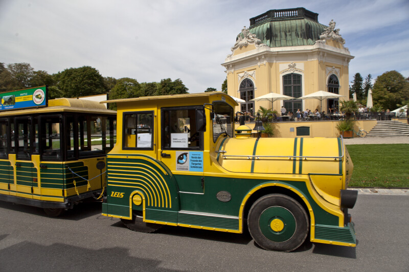Trolley Passing in Front of the Kaiserpavillon