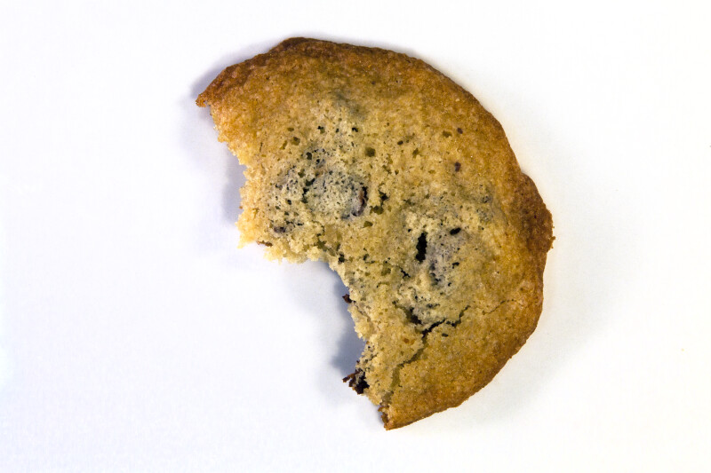 Vanishing Cookie with 2 Bites