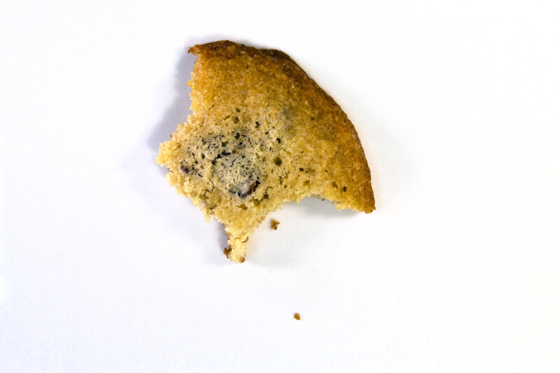 Vanishing Cookie with 4 Bites
